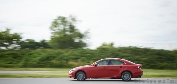 Lexus IS 200t (5)