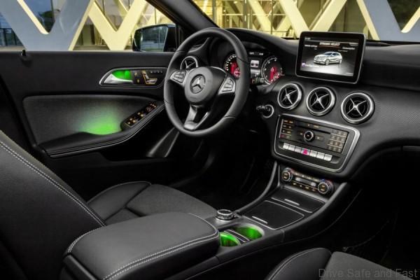 Mercedes-A-Class-Sport-facelift-2016_8