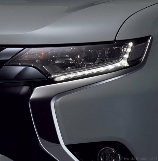 Mitsubishi Outlander PHEV - 2
