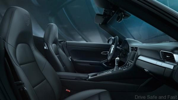 Porsche-911-Black-Edition-20
