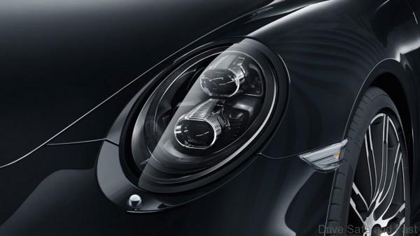 Porsche-911-Black-Edition-7