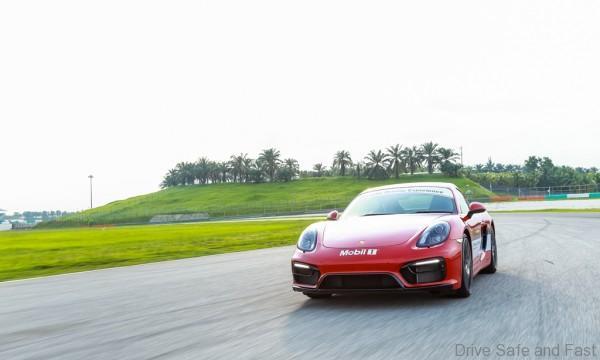 Porsche-Driving-Experience-10