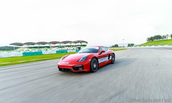 Porsche-Driving-Experience-12