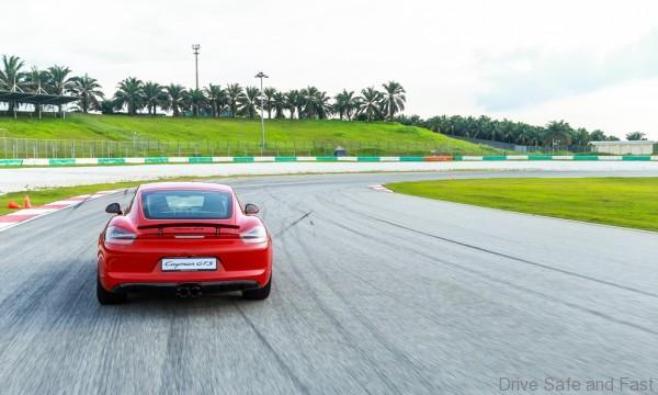 Porsche-Driving-Experience-13