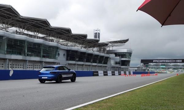 Porsche-Driving-Experience-20