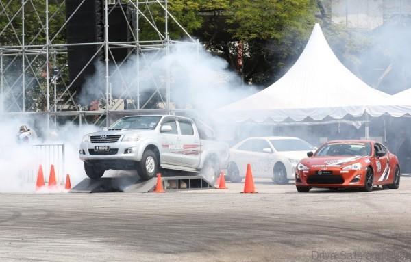Toyota pict2