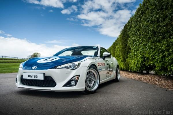 gt86-classic-livery-shelby-2000gt-5-1