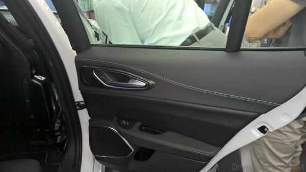 Alfa-Giulia-Interior-10