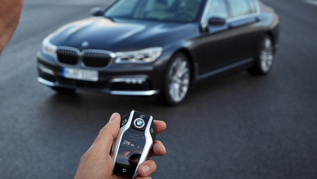 BMW New 7 Series Keyfob Will Be Expensive To Replace Drive Safe