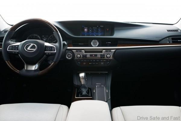 Lexus-Ex350-ES300h-10