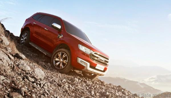 New Ford Everest-Descent