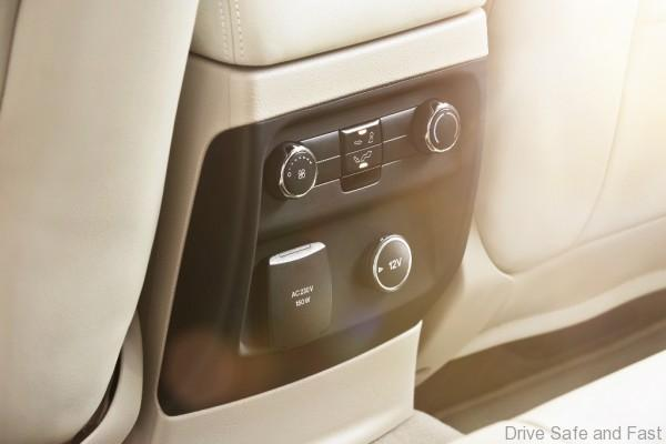 New Ford Everest-Power Outlet-Flaxen