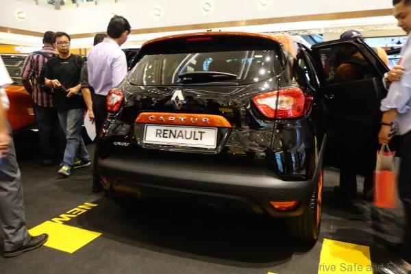 Renault-Captur-Rear