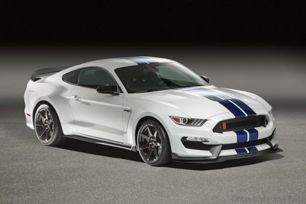 ford-gt350R-2