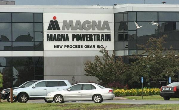 070308NPG2mjg.jpg Exterior of Magna Powertrain of New Process Gear on New Process Gear Drive in DeWitt.