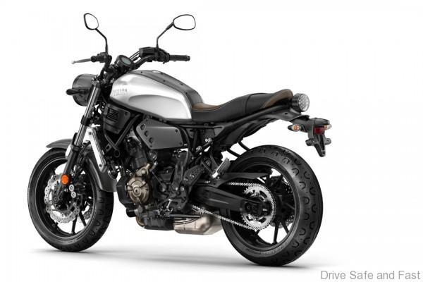Die Yamaha XSR700 basiert technisch auf der erfolgreichen MT-07, wurde aber optisch einer Retro-Kur unterzogen.