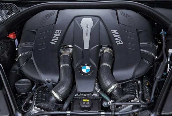 BMW-7_series_10
