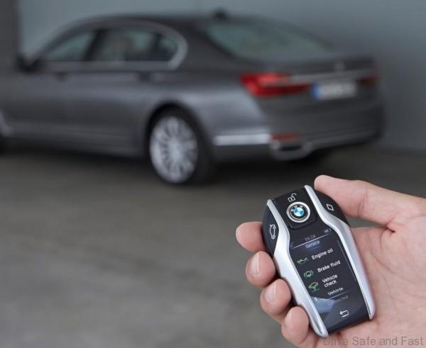 BMW-7_series_11