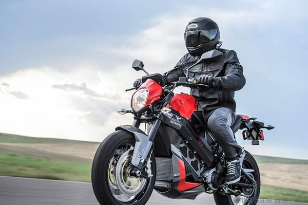 victory-motorycles-empulse-tt-electric4