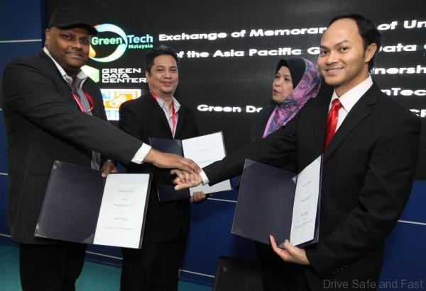 IMG 3 Green Data Center LLP and Computer Recovery Facility MoU