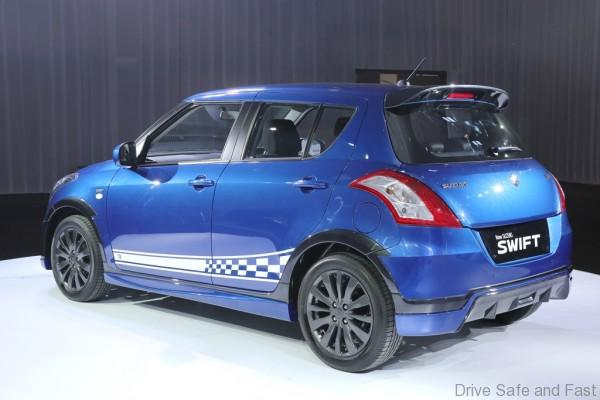 Limited Edition SUZUKI Swift RR2 (Side_Back view)