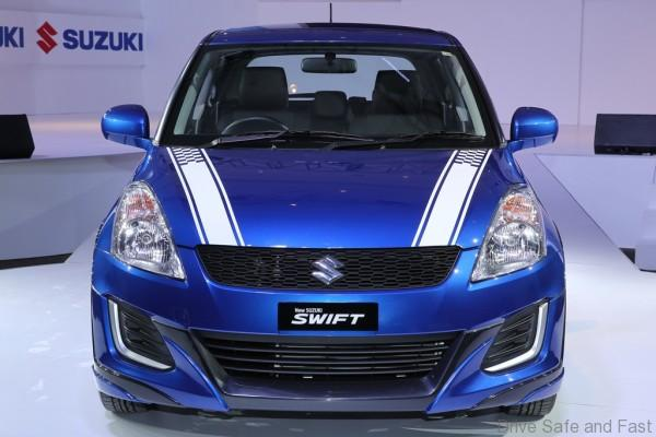 Limited Edition SUZUKI Swift RR2_Front view with Sporty Front Decal