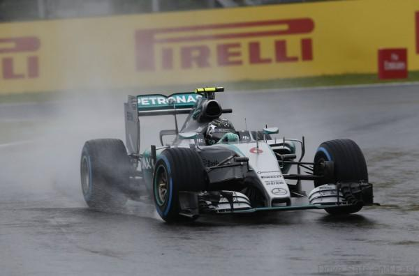 Mercedes AMG Petronas F1 Suzuka 2015 (1)