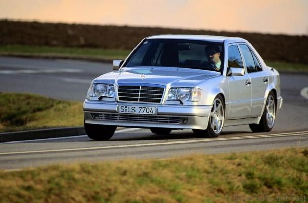 Mercedes-W124-3