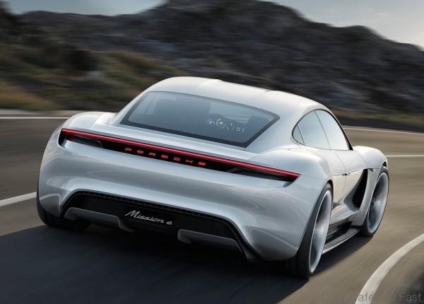 Porsche-Mission_E_Concept_2015_1024x768_wallpaper_05