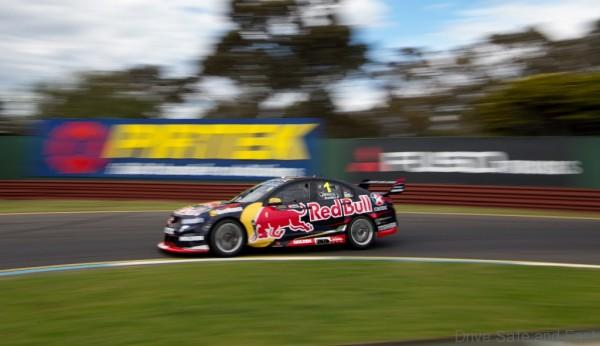 V8 SUPERCAR CHAMPIONSHIP SANDOWN