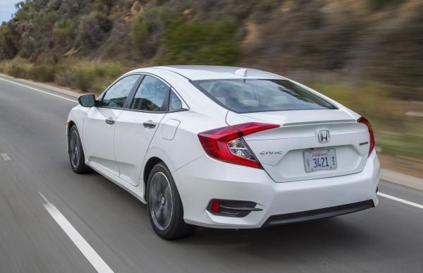 Honda-Civic_Sedan_2016_14