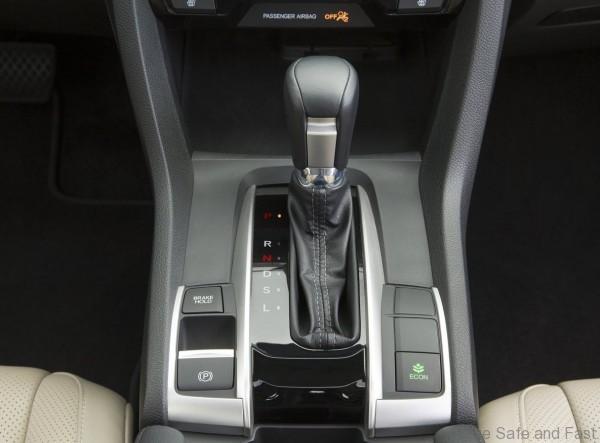 Honda-Civic_Sedan_2016_4