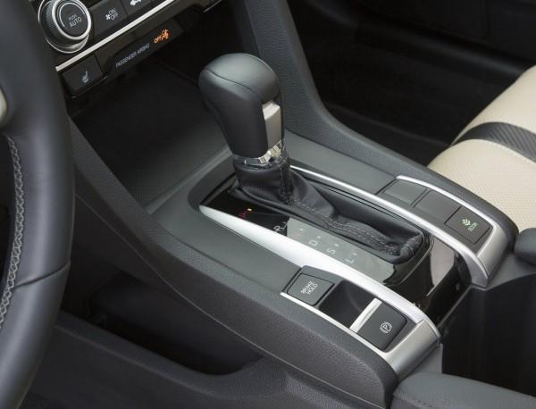 Honda-Civic_Sedan_2016_5