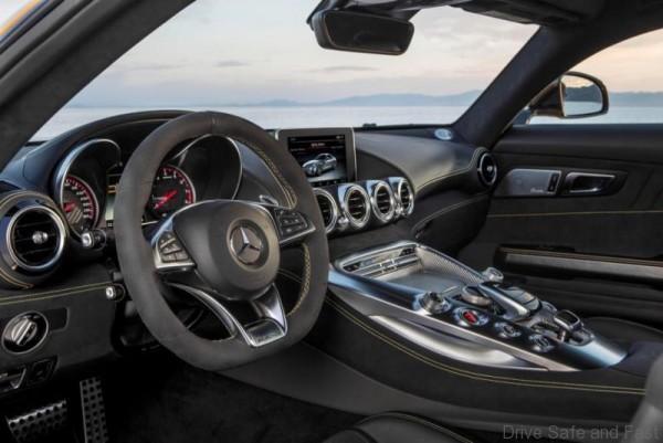 Mercedes-E-Class-Interior-2016