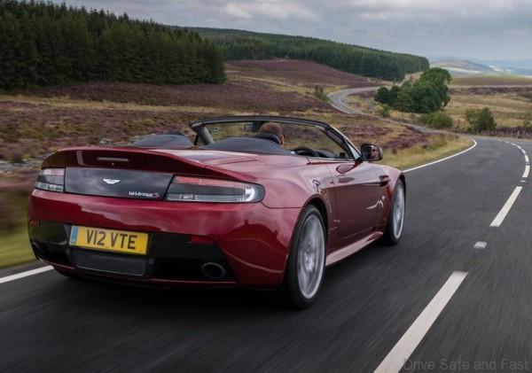 aston-martin-v12-vantage-s-roadster3