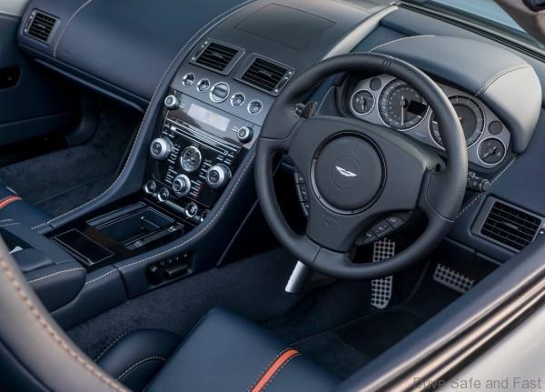 aston-martin-v12-vantage-s-roadster4