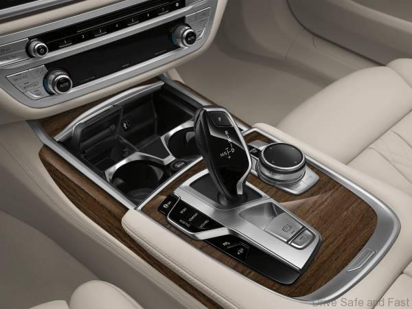 BMW 7 Series Adaptive (2)