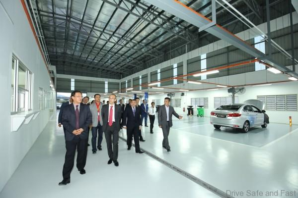 Pic 8 - Honda Malaysia and SAG Ultimate management touring the new 3S Centre