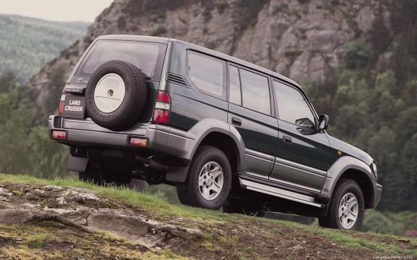 Toyota-Land-Cruiser-90-1996