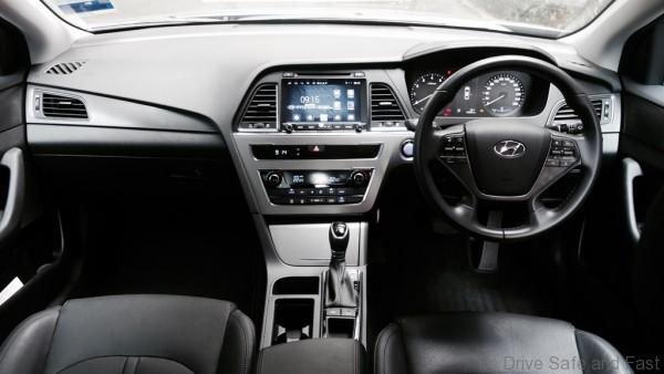 Hyundai-Sonata-Review- - 1