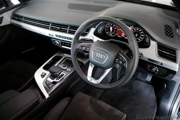 Audi-Q7- - 10