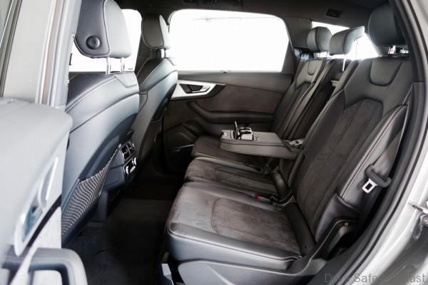 Audi-Q7- - 7
