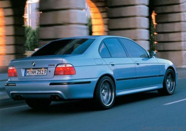 BMW-M5_02
