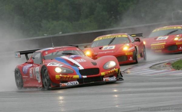 alfa-romeo-classic-racing-car-2