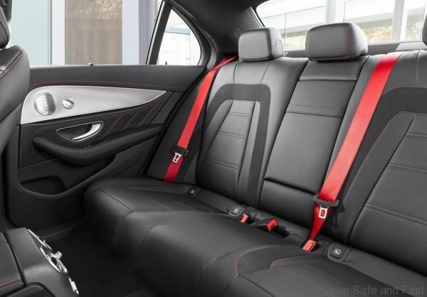 Mercedes-Benz-E43_AMG_4Matic_6