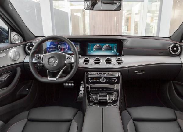 Mercedes-Benz-E43_AMG_4Matic_8