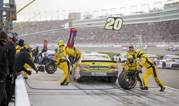 The pit crew handles Matt Kenseth's No. 20 Dewalt car in the NASCAR Kobalt 400 at the Las Vegas Motor Speedway on Sunday, March 6, 2016. CREDIT: Mark Damon/Las Vegas News Bureau