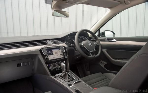 VW_passat interior