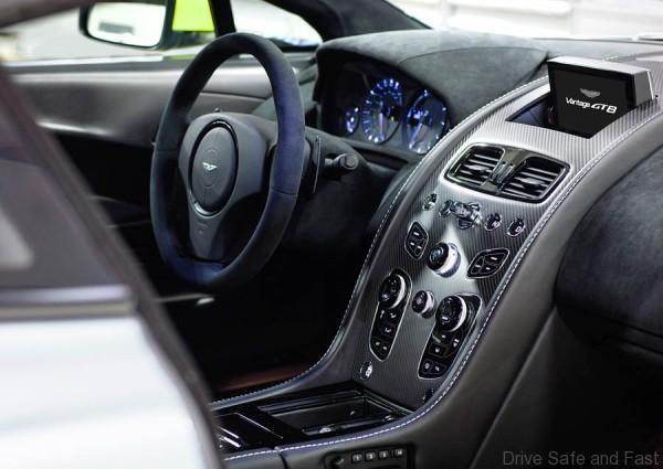 AM Vantage GT8 4