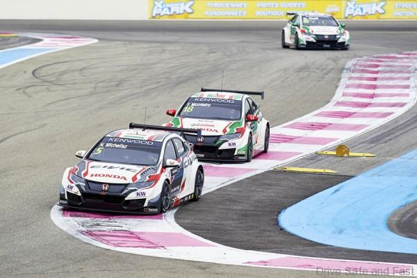 2016 EVENT: WTCC Race of France TRACK: Circuit Paul Ricard TEAM: Castrol Honda World Touring Car Team CAR: Honda Civic wtcc DRIVER: Rob Huff, Norbert Michelisz and Tiago Monteiro IMAGE: All 3 Honda Civic in action during the MAC3 session
